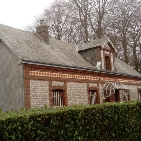 Rénovation de toiture en ardoises naturelles 32x22 à VILLAINVILLE